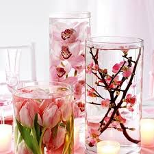 37 floating flowers and candles