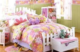 Kids Room Themes Living Decorating Ideas London Themed Tips Home Elements And Style Anime Purple Travel Rooms In Homes Sports Theme Baby Family Crismatec Com