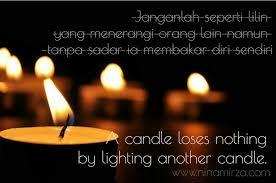 benarkah lilin membakar diri nina mirza