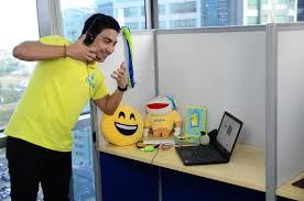 Online jobs enrich teachers living overseas | In-Depth China ...