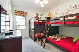 Kids Can Sleep In This Fun Muppets Themed Bedroom Featuring Some Of Their Favorite Characters Like Go Vacation Rentals Orlando Bedroom Themes Luxury Retreats
