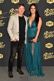 Adam Sanders And Date - The Cutest Couples At The 2018 CMT Music Awards -  Livingly