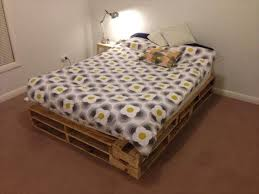 diy easy to build pallet bed
