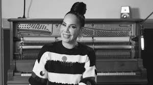 Ivy Queen on Early Reggaeton, Embracing Her LGBTQ Fans: Watch ...