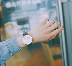 com simple trend watch retro