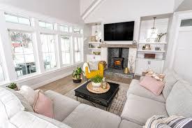 modern farmhouse living room ideas to