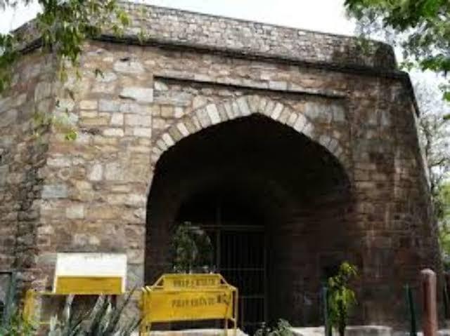 """Image result for Khooni Darwaza in Delhi"""""""
