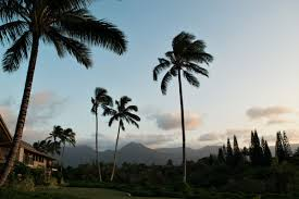 aloha spirit in hawaii maui and kauai