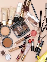 what s curly in your makeup bag