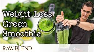 green smoothie in a vitamix blender