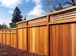 California Redwood Fencing Flat Dog Eared Square Lattice