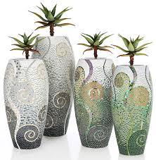 obbligato contemporary planters