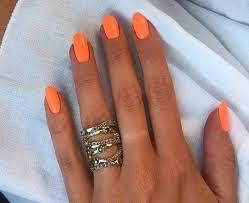 nail color for tan skin summer