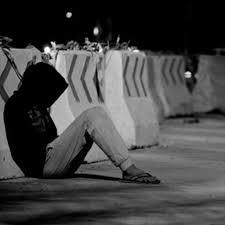 صوره حزينه جدا ما هي اجمل العبارات الحزينة التي تعبر بها عن حزنك