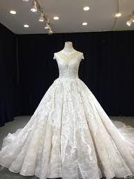 صور فساتين زفاف للعرائس مودرن وشيك جدا