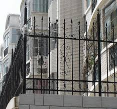 Fashion Design Arts And Crafts Iron Fence Balustrade For Balcony And Garden Buy Residential Iron Fence Design Wrought Iron Fence Balustrade Designs Arts And Crafts Wrought Iron Fence Product On Alibaba Com