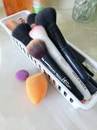 clean makeup brushes the easy way