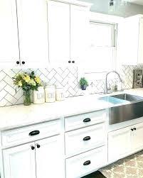 glass tile backsplash for kitchen