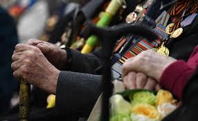 В Кремле попросили не звать пожилых на празднование Дня Победы 9 ...