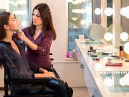 professional se makeup artist