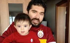 Rasim Ozan Kütahyalı eşi ve çocukları - Internet Haber