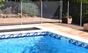 10 Best Pool Fences Reviewed And Rated In 2020
