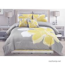 yellow grey white fl bed in a bag