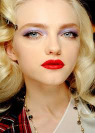 red lips dramatic bold makeup idea for