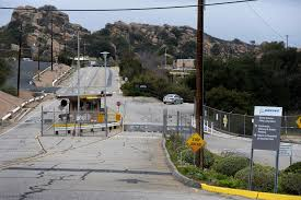 Weaker Santa Susana Field Lab cleanup may result from advisory group  accepting federal money, critics charge – Daily News