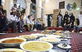 Guide to Open Ramadan Restaurants & Dining Etiquette | Visit Dubai