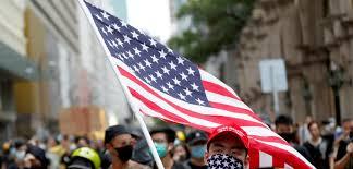 Em Hong Kong, manifestantes 'pró-democracia' carregam bandeiras dos EUA -  Brasil 247