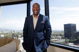 Comcast reaches deal over Byron Allen channels to end racial ...
