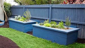 how to make dog proof garden beds