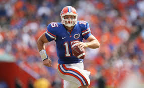 florida gators celebrate tim tebow with