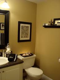 black and white bathroom decorating