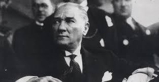Nawaat – Mustafa Kemal, un grand homme de l'Histoire ?