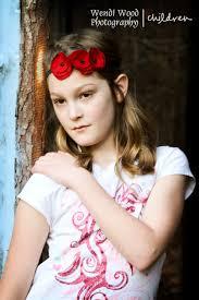 children portrait; red flower headband   Red flower headband, Kids  portraits, Children photography