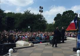 We Know Our Nation Is in Trouble,' Says Franklin Graham at Texas Capitol |  Franklin graham, Franklin, Texas