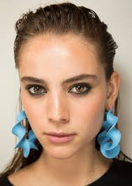 3 pretty spring 2017 makeup looks to