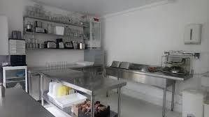 Achat, vente et location de laboratoires et cuisines