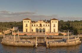 vizcaya museum and gardens where the