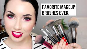 must have makeup brushes you