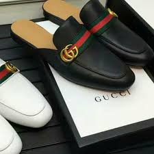 gucci men s sneaker with double g
