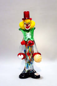murano clown holding ball from