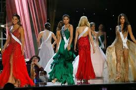 early crowd favorites at miss universe