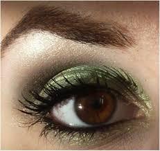 olive green smokey eye tutorial