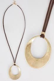 gold cut out circle pendant necklace
