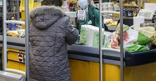 Sciacca, positivo al coronavirus era al supermarket a fare la ...