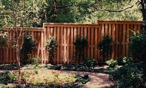 The Best Wood Fences For Extreme Texas Weather Rustic Fence Fence Company Serving Dallas Fort Worth