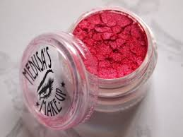 makeup mineral eye dust in red baron
